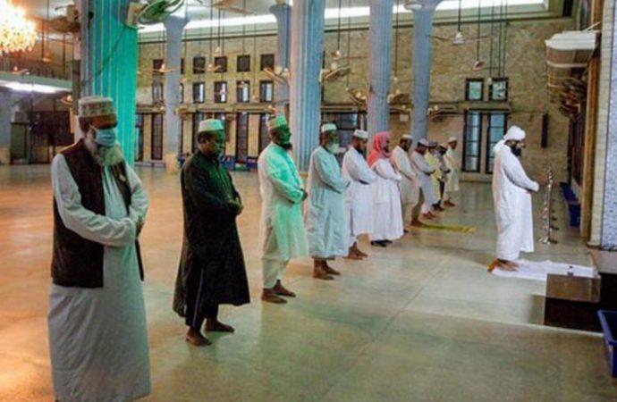 মসজিদে তারাবিতে মুসল্লির সংখ্যা বেঁধে দিয়েছে সরকার